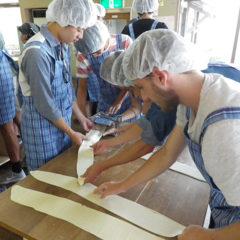 Study trip `Let's make Ramen Noodles!!'