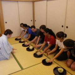 How to make 'Maccha', Japanese green tea.